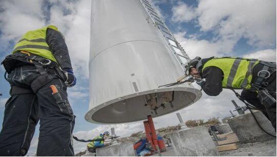 瑞典启动其第一座木制风力发电塔
